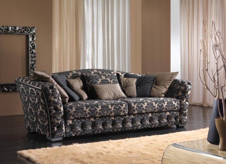 LIVING luxe engelse stijl comfortabele stoffen bankstel   Neoklassieke bankstellen   Woiss Meubels